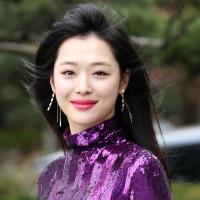 Encuentran sin vida a la cantante y actriz Sulli en su casa en Seongnam